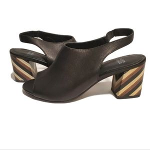 NEW Eileen Fisher Bobbi Leather Black Sandals